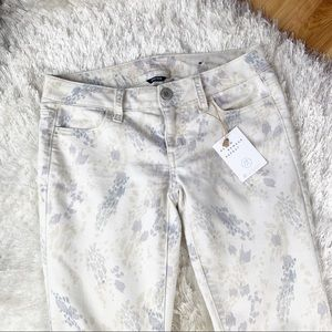 American Eagle Outfitters Jeans - American Eagle Boho Artist Print Jeggings Floral